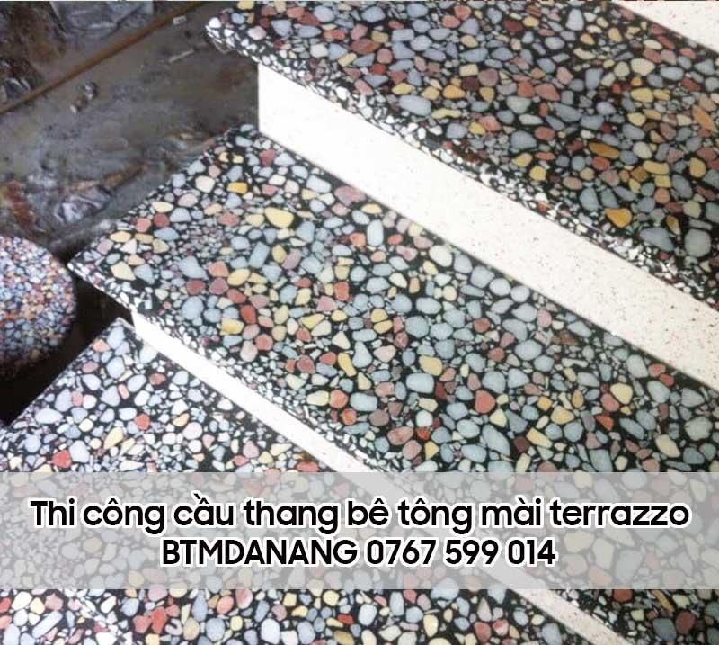 Thi công cầu thang đá mài terrazzo
